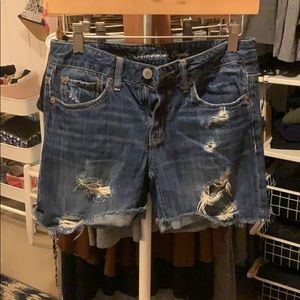 Distressed American Eagle shorts.